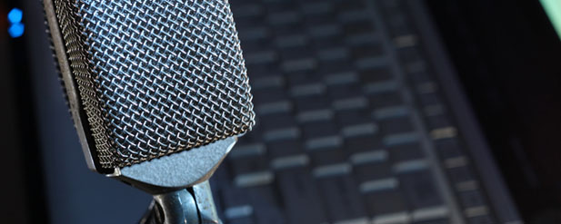 Microphone for podcast interviews